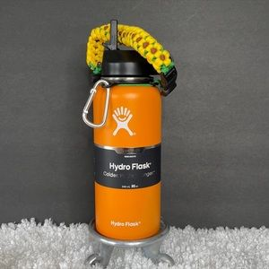 New 32oz Hydro Flask w/flex lid & paracord handle